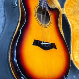 Guitar  HD18VR all solid